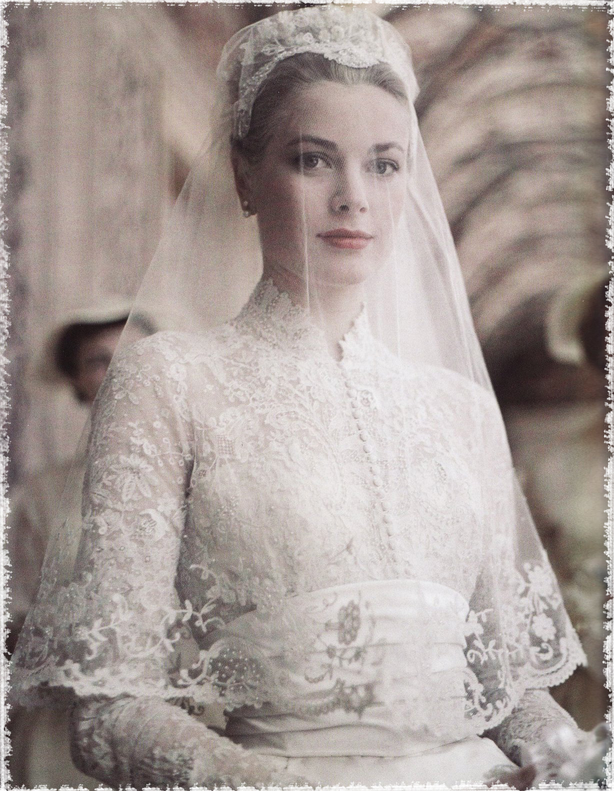 grace-kelly-bride-790440_borde